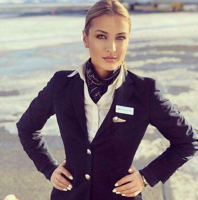 Sweden ?? Airline (Швеция) ( но девушка русская, кстати говоря _зовут Елена Яремчук)