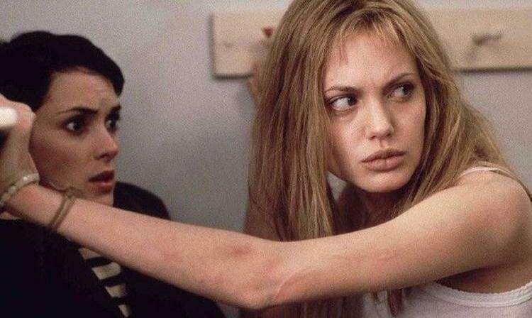 47 фильмов, помогающих справиться с депрессией