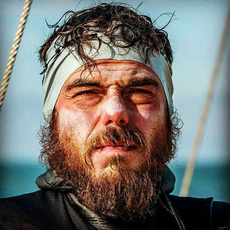 Пловец 5 месяцев плавал вокруг Британии и то, что он перенёс, заставит вас вздрогнуть