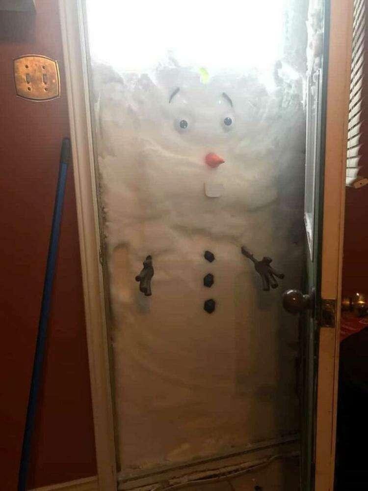 """2. """"Как сделать снеговика не выходя из дома"""""""