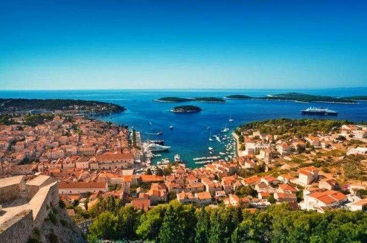 10 самых красивых островов Европы для отдыха