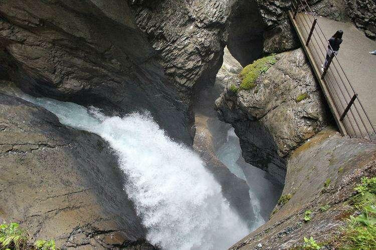 Водопад Трюммельбах
