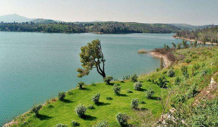 Озеро Марафон