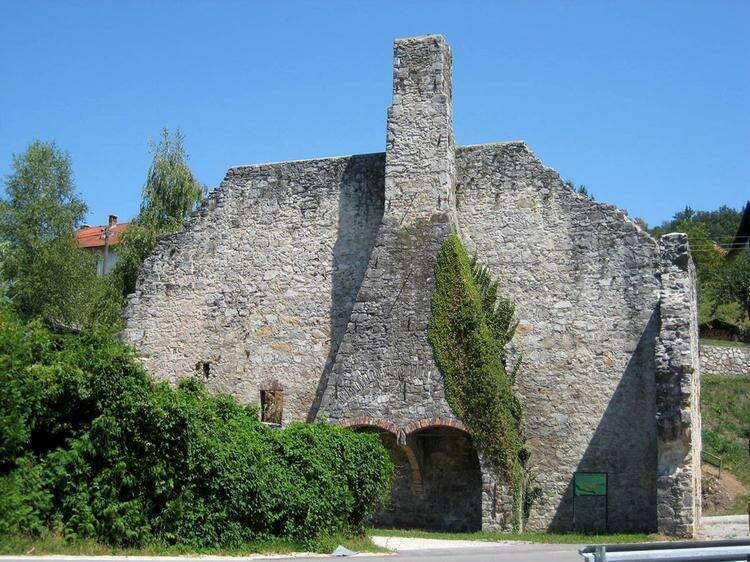 Замок Жужемберк