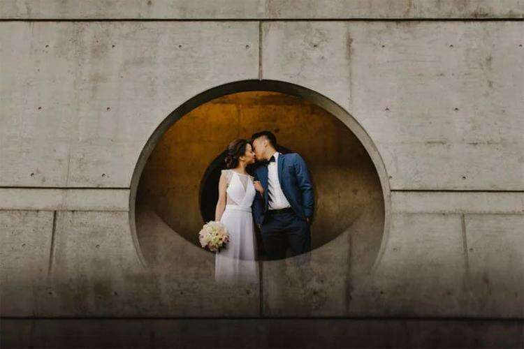 Это простой и гениальный способ сделать так, чтобы портреты выглядели необычно и романтично