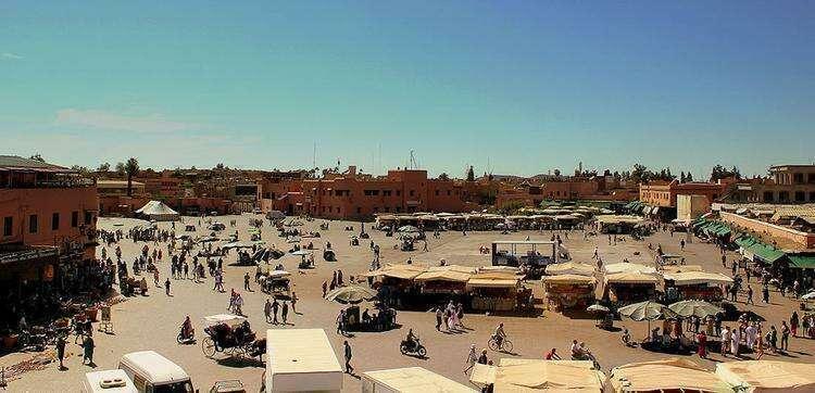 Площадь Джемаа-эль-Фна