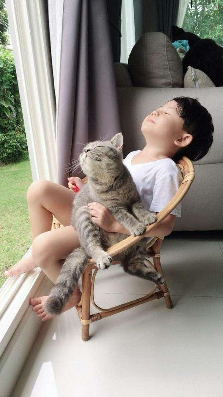 Трогательные фотографии о дружбе между животным и человеком, которые сделают этот день добрее