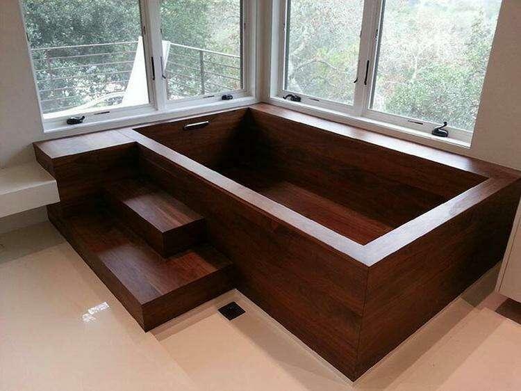 Столяр-судостроитель создает потрясающие ванны из дерева