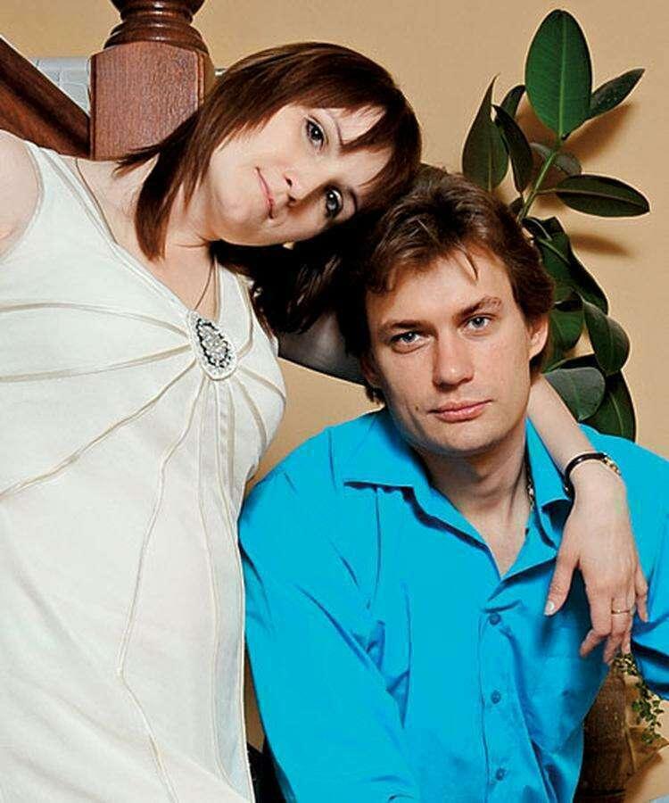 Почему Александр Волков пропал из кино и его супруга с нестандартной внешностью