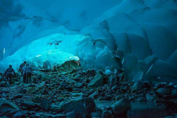 пещеры ледника Менденхолл