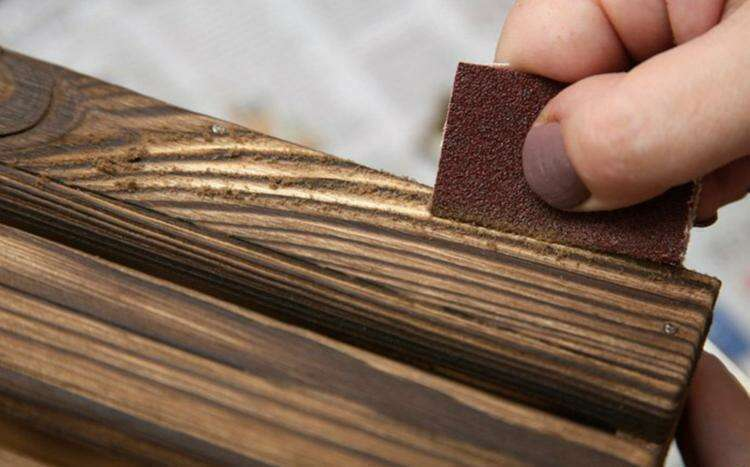 Способы искусственно состарить древесину