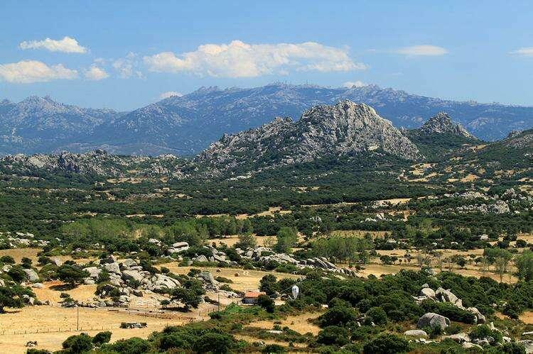 Лунная долина на Сардинии