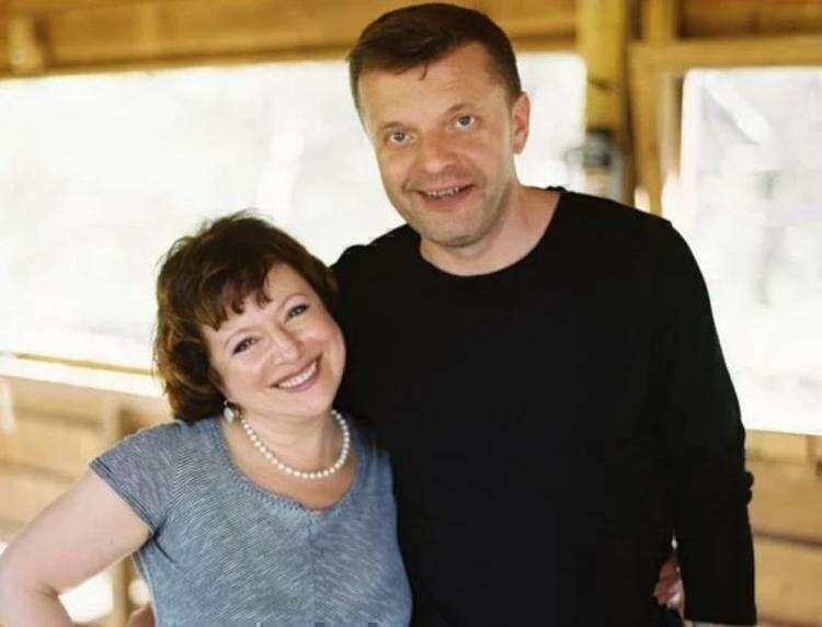 Любимая женщина Леонида Парфенова, с которой он вместе 33 года. Как выглядят их дети