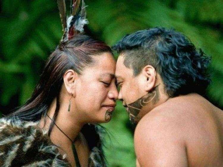 Народы, которые не целуются.
