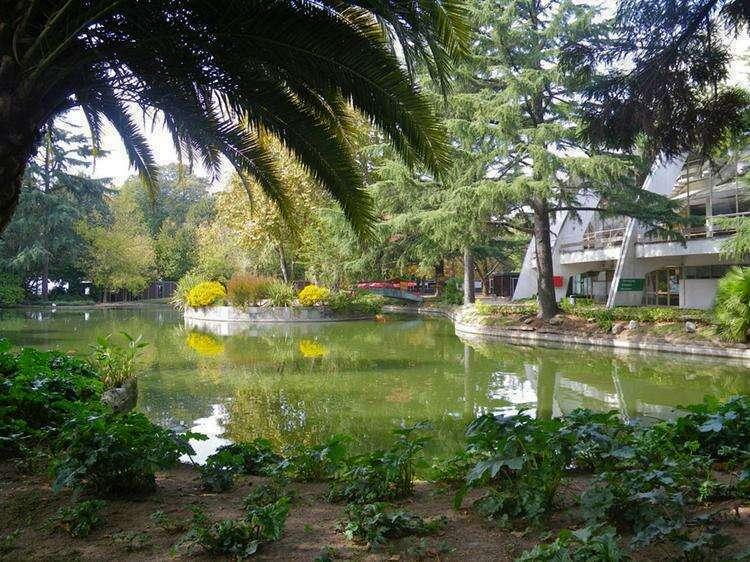 Парк хрустального дворца