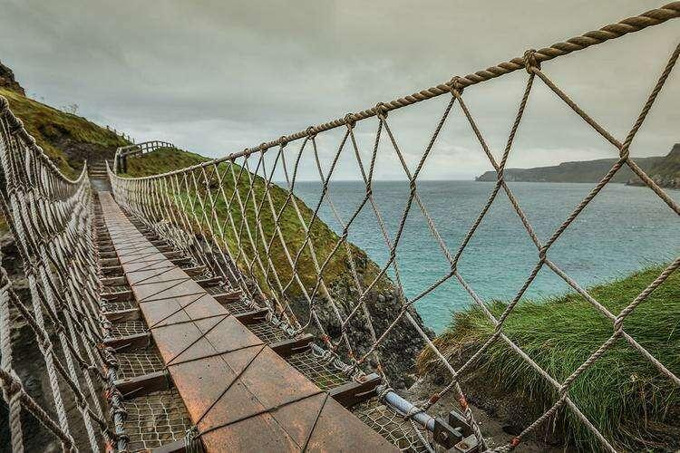 канатный мост Каррик-а-Ред в графстве Антрим
