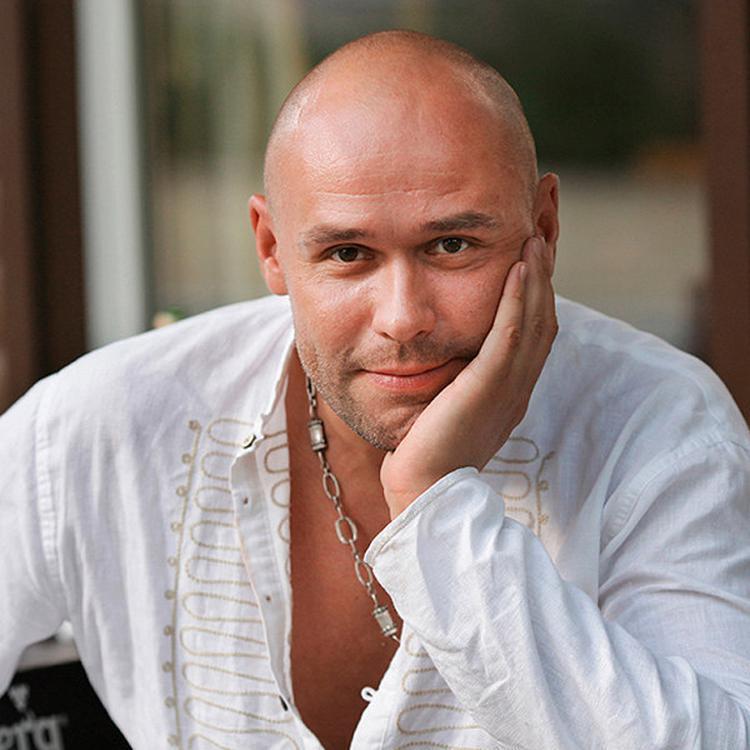 Максим Аверин, звезда «Глухаря», оказался заядлым кошатником
