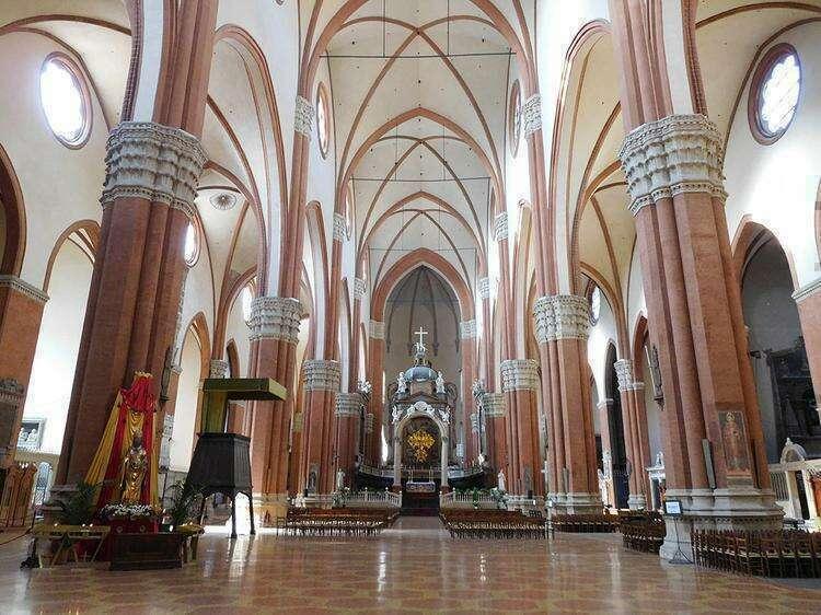 Базилика Сан-Петронио