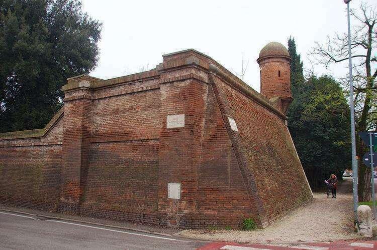 Городская стена Феррары