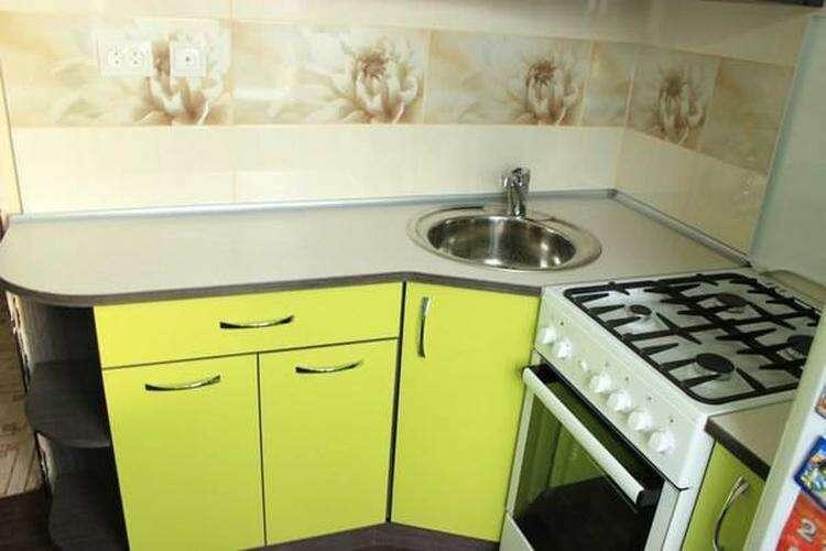 Пока супруга была в гостях, муж сделал ремонт на кухне