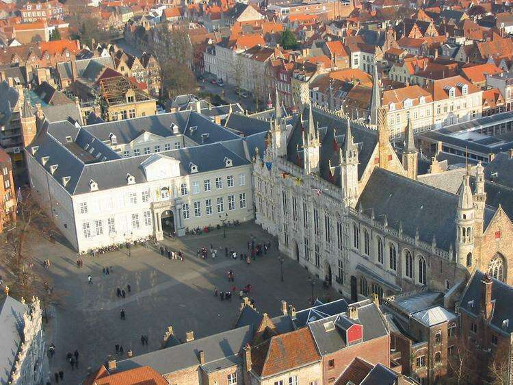 ратуша Брюгге
