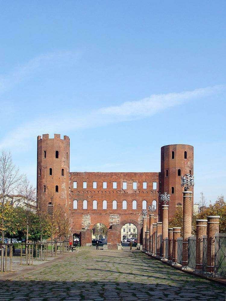Достопримечательности Турина: Порта Палатина